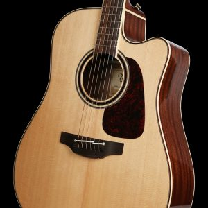 Gitara akustyczna Takamine P4DC - korpus pod kątem